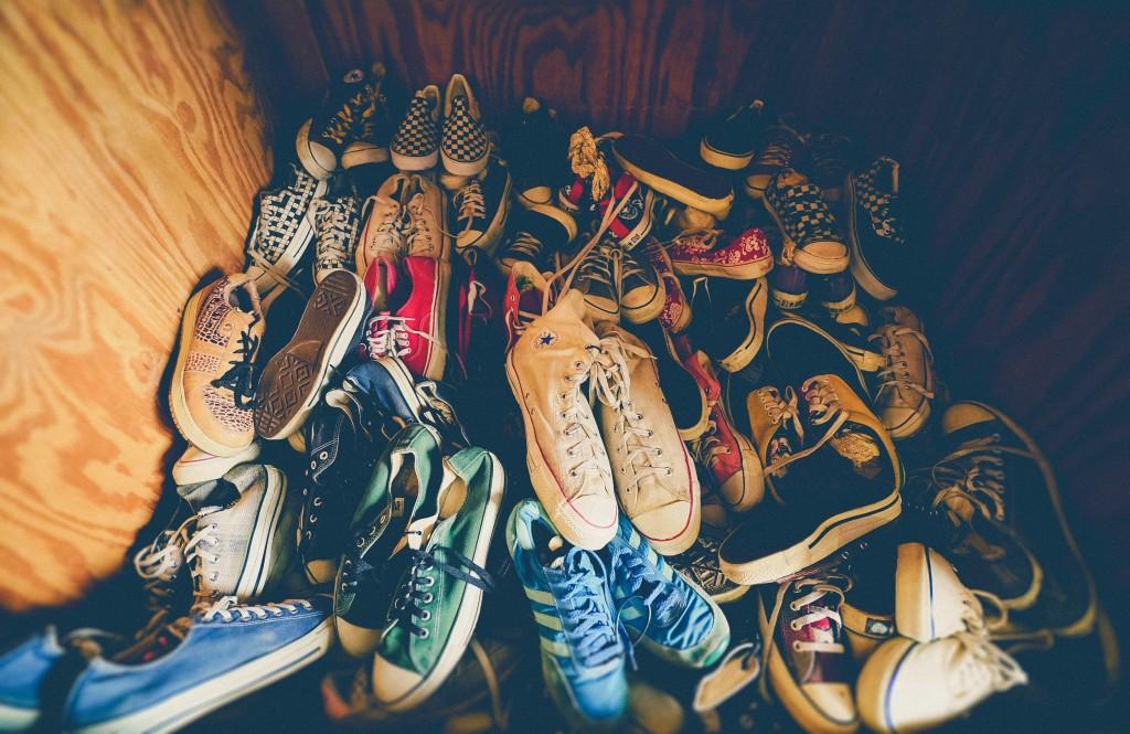 靴の臭いを消臭することができるおすすめアイテムランキング